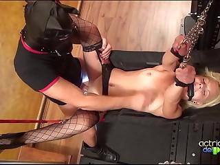 Las esclavas de Minerva con Jackeline Teen