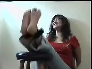 Feet tourture