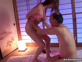 Maki Koizumi had sex with her kinky father in law
