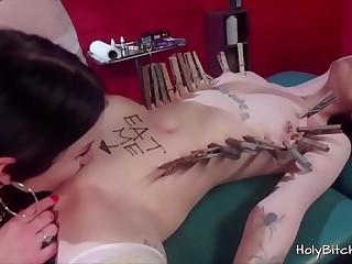 Lesbians with big booty enjoying bondage love