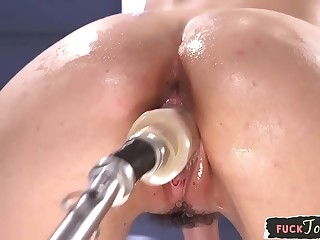 Sybian saddle riding babe boned by huge dildo